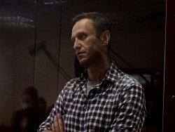 Мосгорсуд обосновал замену срока Навальному