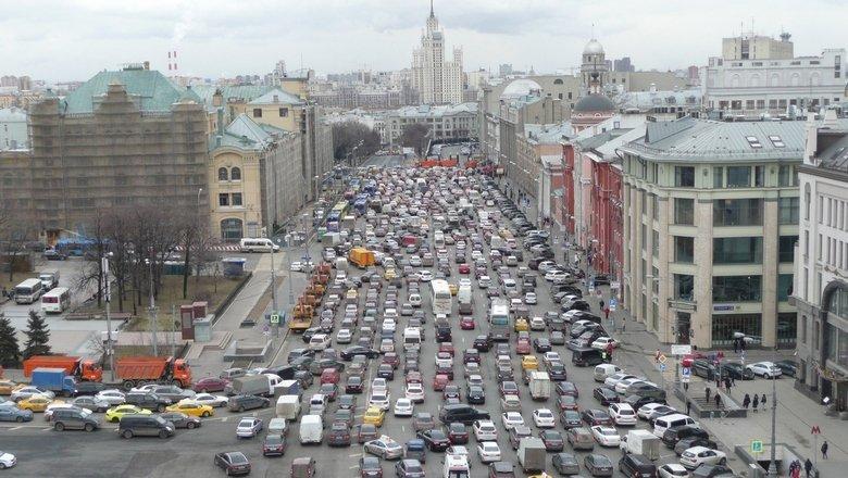 Копайте под Кремлем! Как решить транспортную проблему Москвы