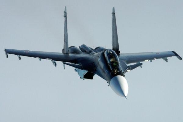 В Крыму два летчика катапультировались из стоящего на земле Су-30СМ