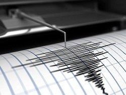 Землетрясение в Китае: двое погибших, толчки продолжаются