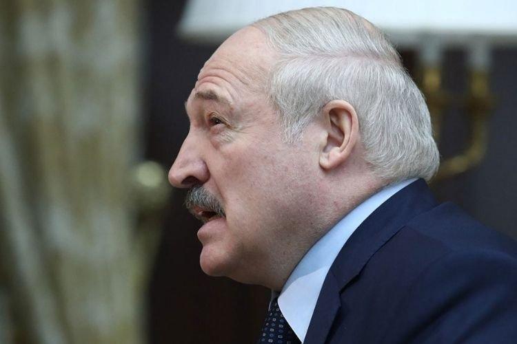Путин пообещал Лукашенко денег и дополнительные рейсы