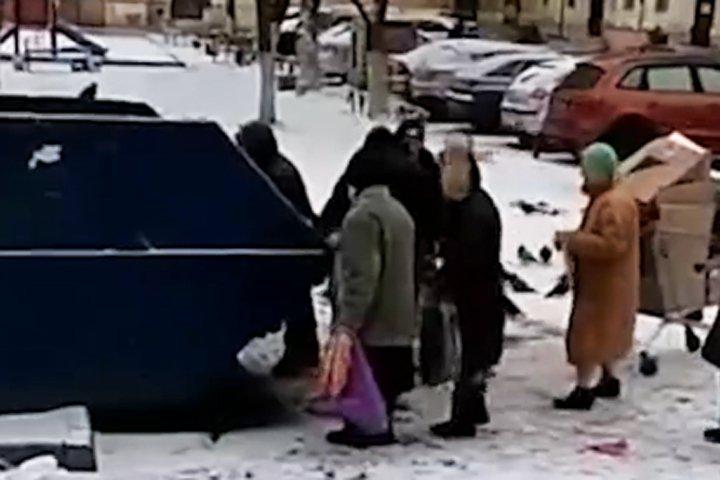"""Пенсионеров настиг """"инфляционный шок"""": Реальные пенсии в России сокращаются третий месяц"""