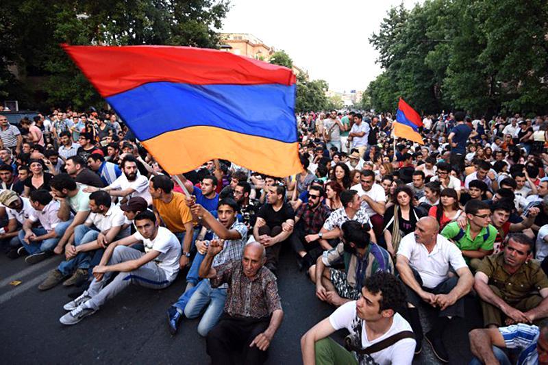 Армения получила исторический шанс начать жить будущим
