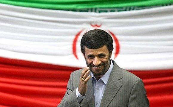 Хаменеи находится в тайном контакте с Израилем