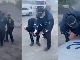 Суд в Новосибирске арестовал друга юноши, случайно убитого сотрудником ДПС