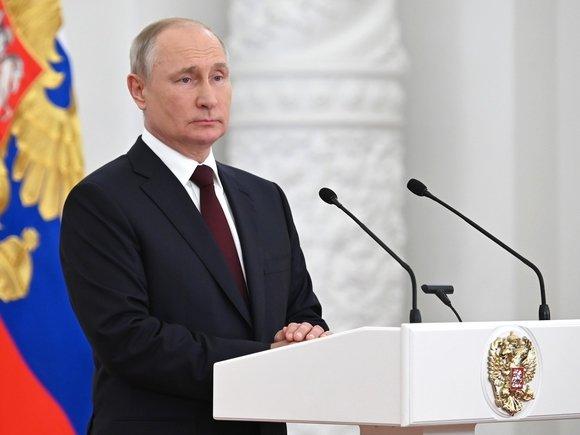 В напряженном ожидании пустоты — к прямой линии Владимира Путина