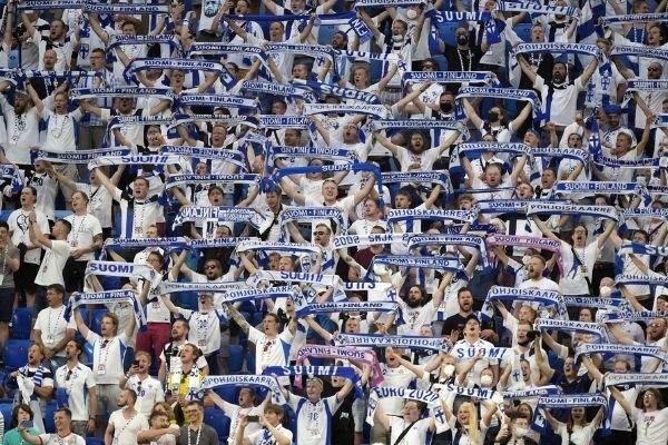 Финляндия связала 40% новых случаев коронавируса с матчами Евро в России
