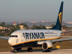 СМИ: в Познани пилот Ryanair не пускал в самолет 30 украинцев