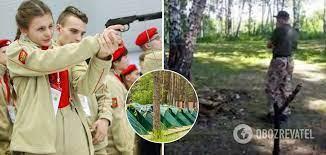 """В России """"юнармейцы"""" устроили стрельбу в детском лагере"""
