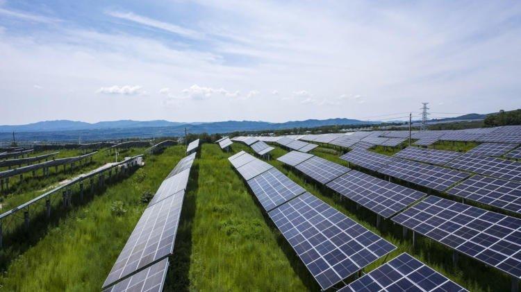 Самый богатый человек Азии продолжил инвестиции в экологически чистую энергетику